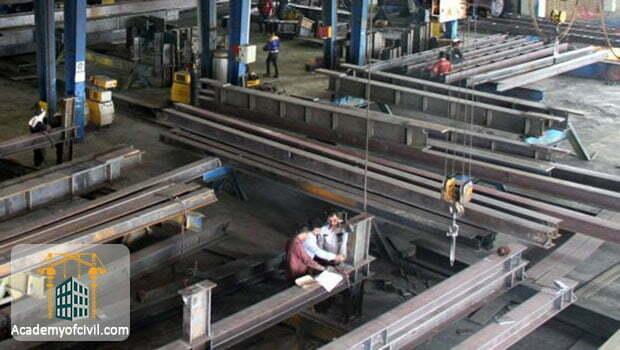 یکی از موارد در مقایسه اسکلت فلزی و بتنی ، کیفیت بیشتر مقاطع فولادی و نظارت روی آنهاست.
